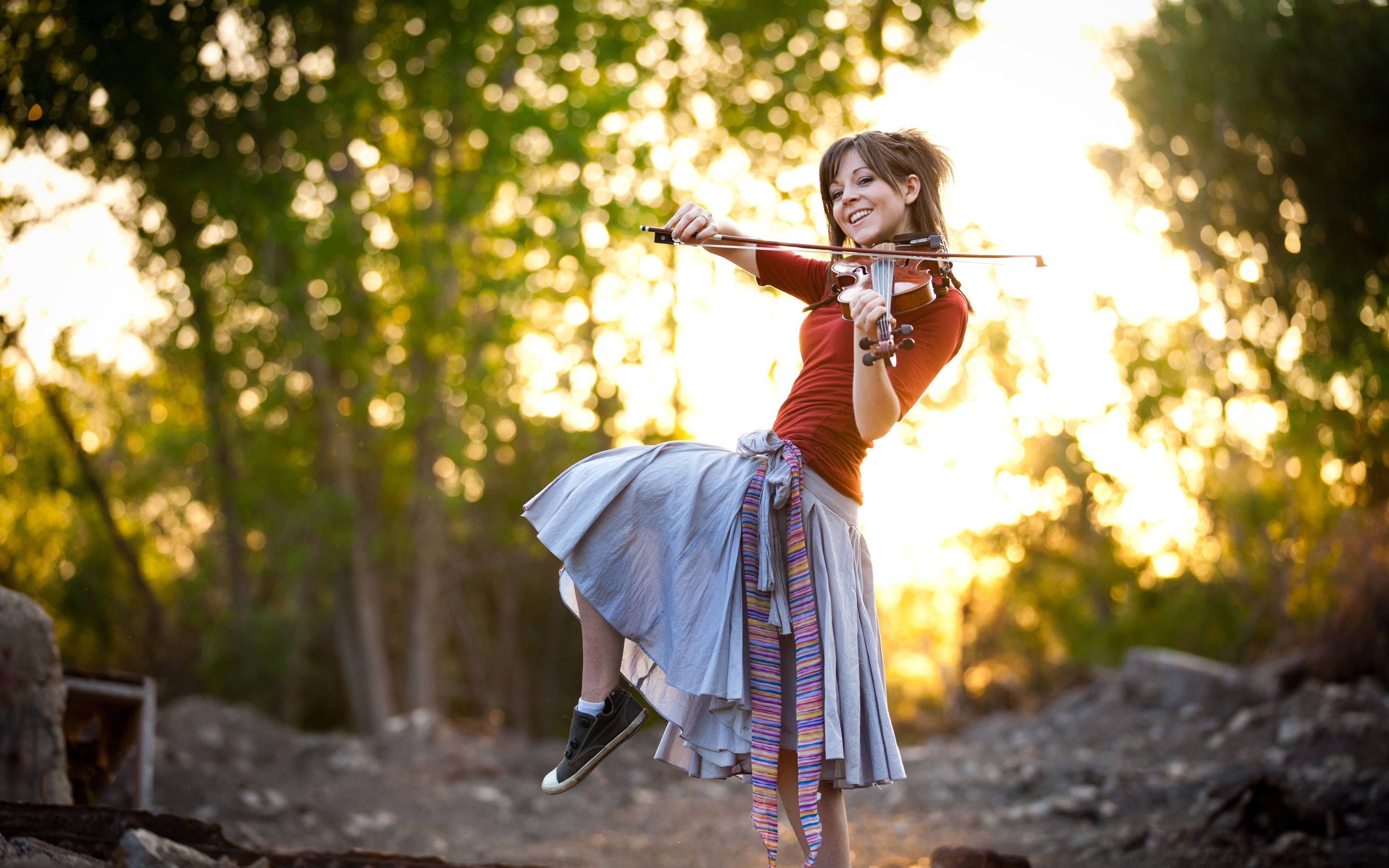 Interview Violin Virtuoso Lindsey Stirling On Fame Faith