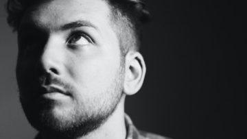 PREMIERE: 'Waiting For Me To Break' by Simon XO Puts New Twist on Breakup